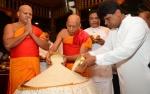 Diyawadana Nilame Offers  Aluth Sahal to the  Sacred Tooth Relic.JPG